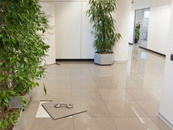 pavimento tecnico interno ad una banca