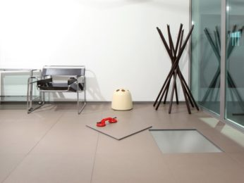 angolo ufficio con pavimento tecnico