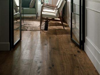 pavimento in legno, ingresso salotto