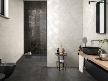 mosaico linee diagonali spezzate, rivestimento per bagno moderno